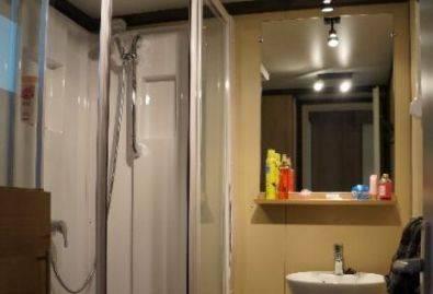 Salle de bain - Salle d'eau avec douche