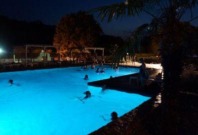 piscine de nuit - les samedis soirs en saison piscine de nuit